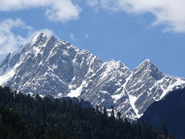 View of Mountain Vista from Manali