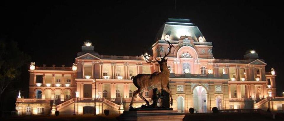 The Sainik School (Jagatjit Palace)