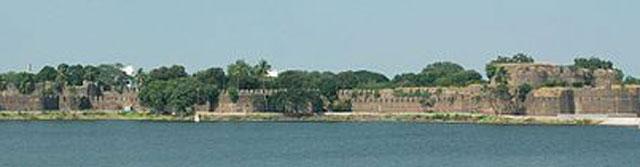 Solapur Fort